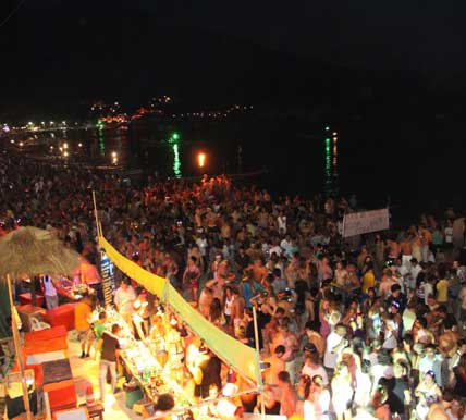 is the full moon party an example of ecotourim in thailand?